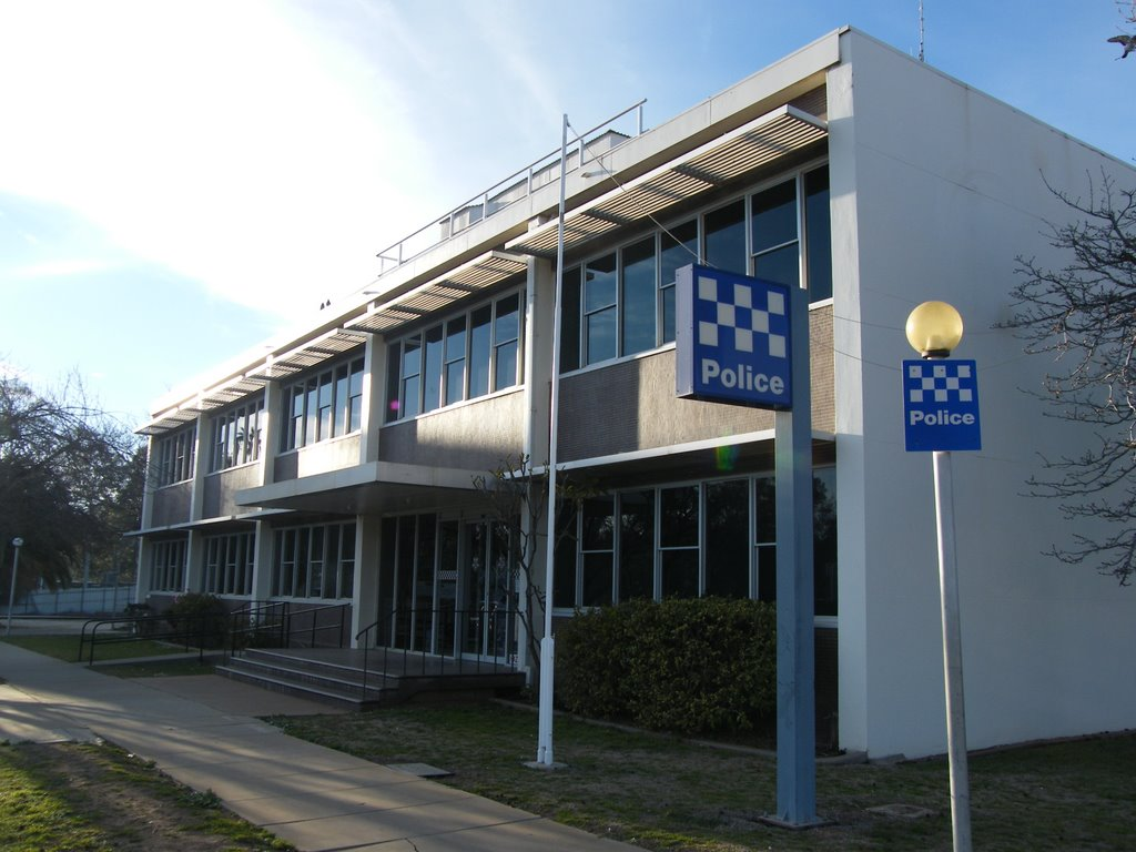 Swan Hill Police Station